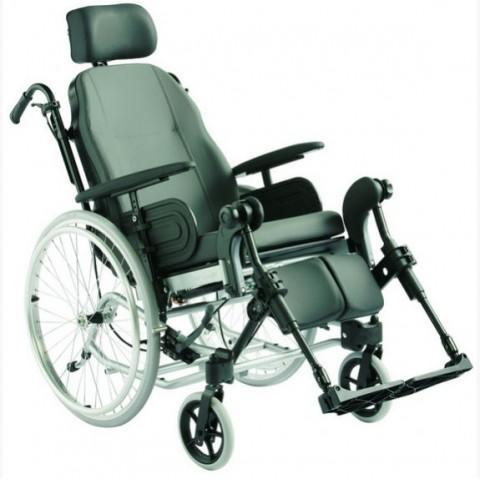 Invacare Clematis Ελαφρύ Αναπηρικό Αμαξίδιο Πολλαπλών Επιλογών