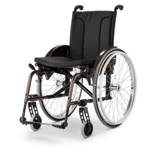 Πτυσσόμενο αναπηρικό Αμαξίδιο Avanti Pro