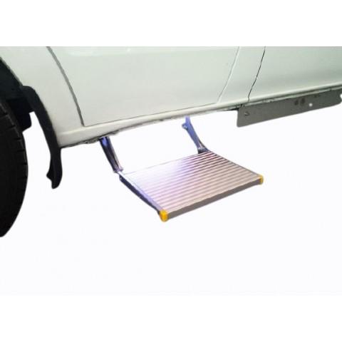 Χειροκίνητο αναδιπλούμενο σκαλοπάτι για οχήματα