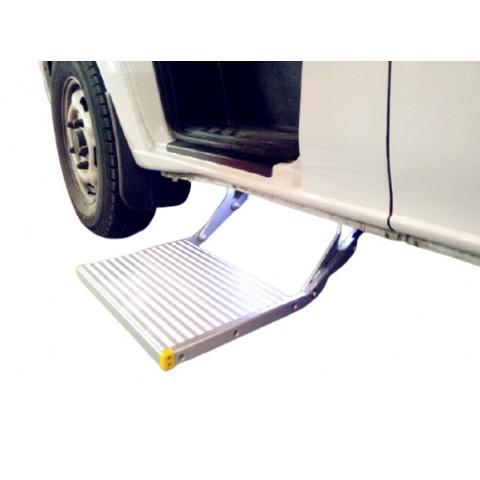 Ηλεκτρικό αναδιπλούμενο σκαλοπάτι για οχήματα