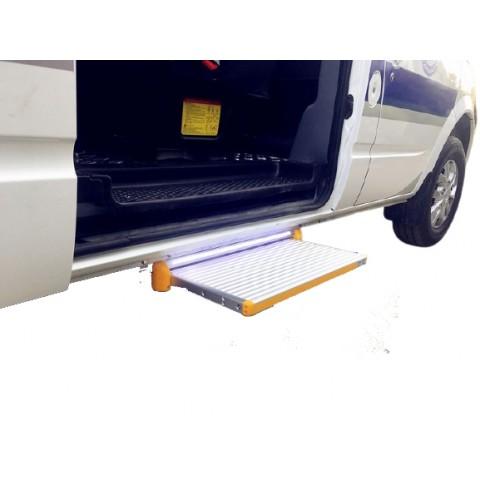 Ηλεκτρικό συρόμενο σκαλοπάτι για οχήματα