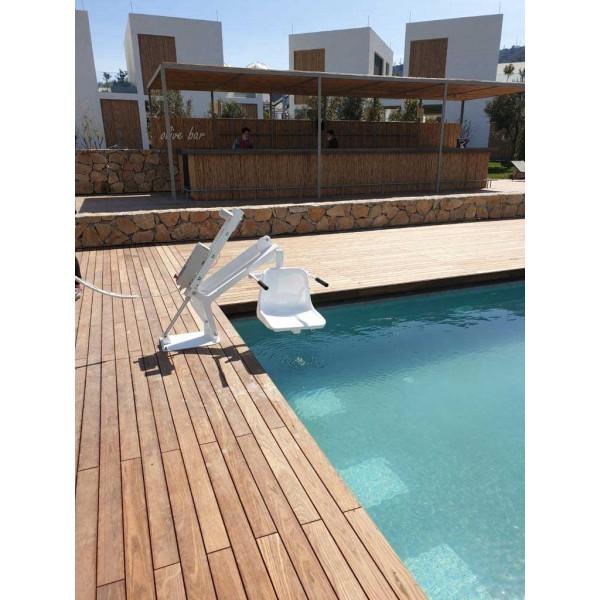 Γερανός για χρήση σε πισίνα, μόνιμης εγκατάστασης